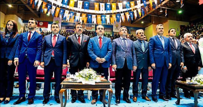 AK Parti Hatay'da zirveye oynuyor