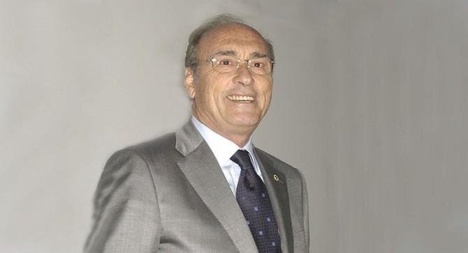 Uludağ Üniversitesi Eski Rektörü Ayhan Kızıl Hayatını Kaybetti