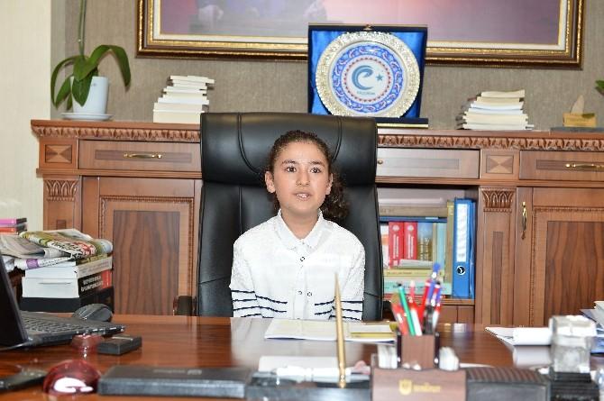 Erzurum'da Temsili Bayan Vali