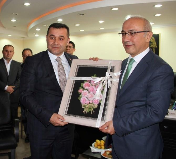 AK Partili Elvan'dan MHP'li Alanya Belediye Başkanı Yücel'e Ziyaret