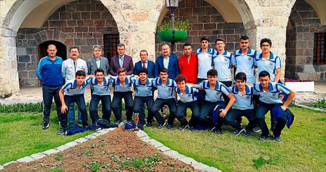 Başkan Bekir Altan'dan destek