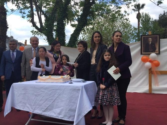 AK Kadınlardan 23 Nisan'da Anlamlı Ziyaret