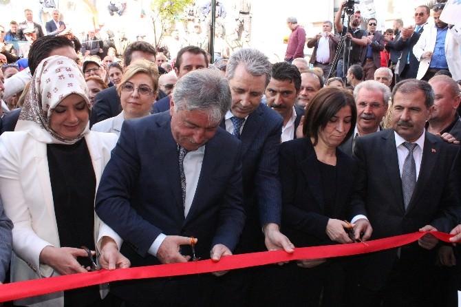 Edirne'de AK Parti Seçim Koordinasyon Merkezi Törenle Açıldı