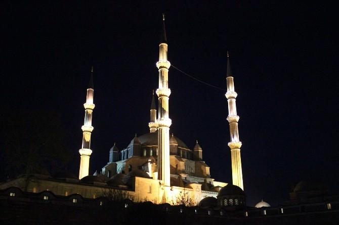 Selimiye Camii, Regaip Kandili'nde Doldu Taştı