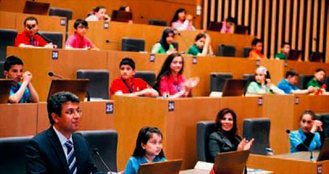 Küçükcekmece'de çocuk meclisi kuruldu
