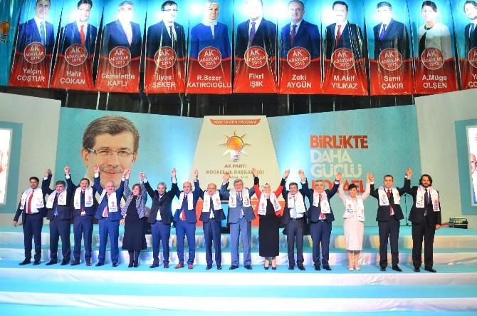 AK Parti Kocaeli'de Adaylarını Görkemli Bir Törenle Tanıttı