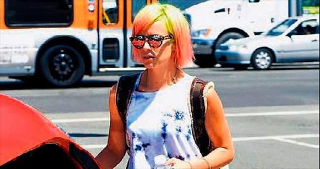 Saçlar gökkuşağı renginde