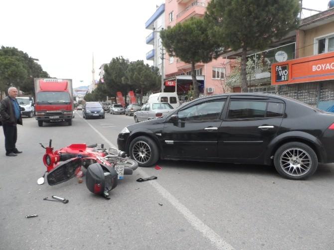 Demirci'de Motosiklet Kazası: 1 Yaralı