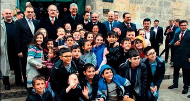 Bakan Bozkır'dan Bursa'ya övgü