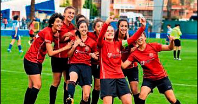 Kızların şampiyonluk maçı