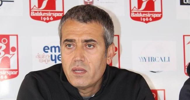 Balıkesirspor Teknik Direktörü Özdeş istifa etti