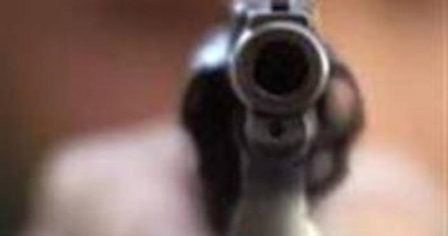 Sokak ortasında silahlı saldırı: 1 ölü