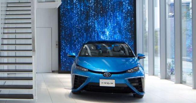 Toyota özel showroom yaptı