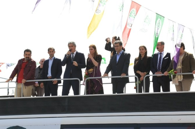 HDP'den Seçim Bürosu Açılışı