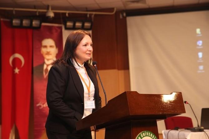 "Iğdır'da ""Akademi Arkeoloji"" Konulu Konferans"
