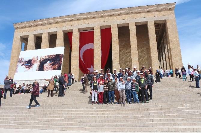 Yunaklı Öğrenciler Ankara'yı Gezdi