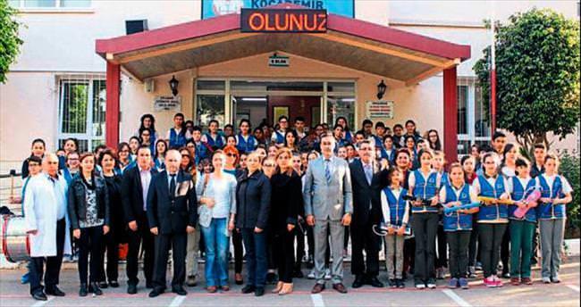 İstiklal Marşı'na 110 kişilik koro