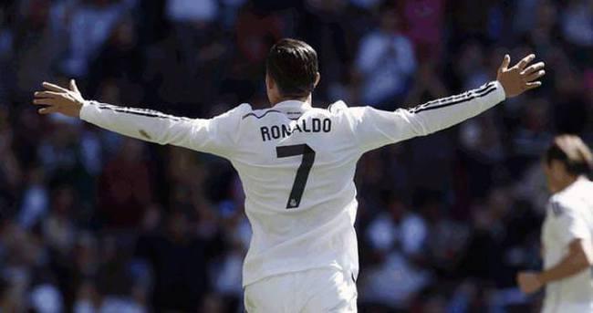 Ronaldo 40 takıma bedel