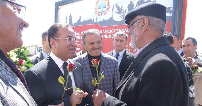 Bekir Bozdağ Yozgat'ta halkla buluştu
