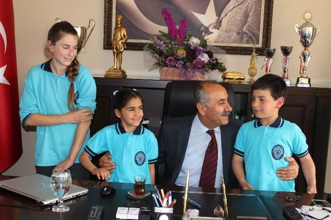 Öğrenciler Okul Gazetesi İçin Başkan Culha İle Röportaj Yaptı