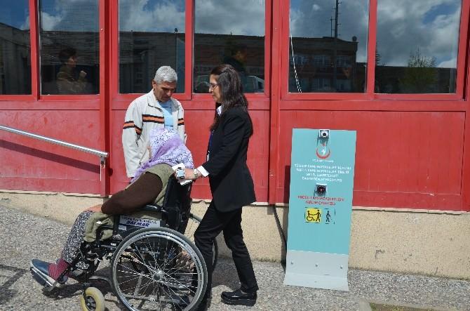Engelliler İçin Yardım Butonu
