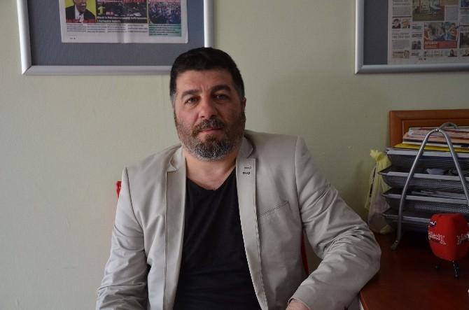 Bileciksporlu Taraftarlar Antrenör Fatih Savak'a Sahip Çıktı