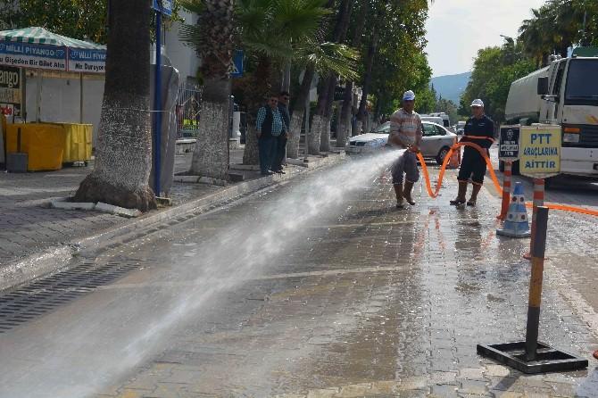 Fethiye Belediyesi Sezon Öncesi Şehri Yıkadı