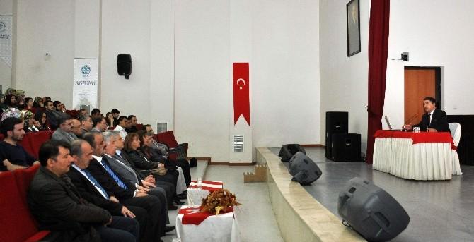 """NEÜ'de """"Ermeni Meselesi Ve Tarihi Gerçekler"""" Konulu Konferans"""