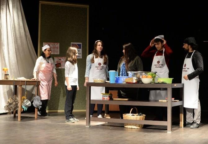 Çocuklar Ayşenur'un Mutfağını Sevdi