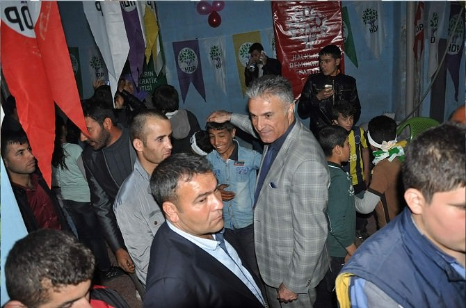 HDP Göllüce Seçim Bürosuna Miting Gibi Açılış