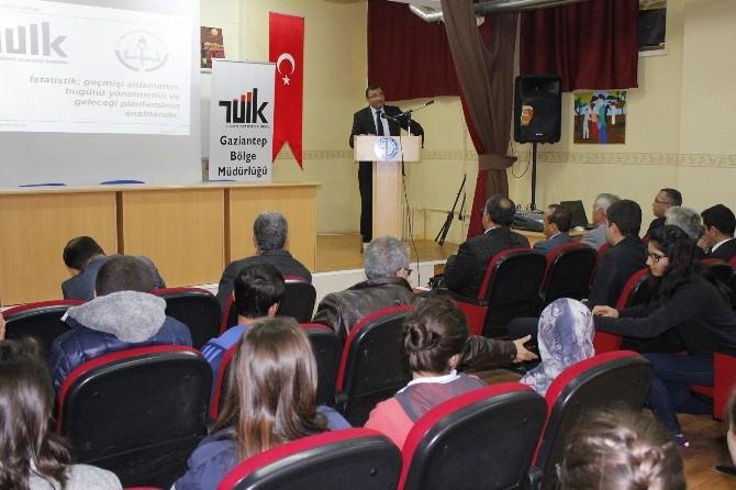 TÜİK, İstatistik Gününü Esentepe Anadolu Lisesinde Kutladı