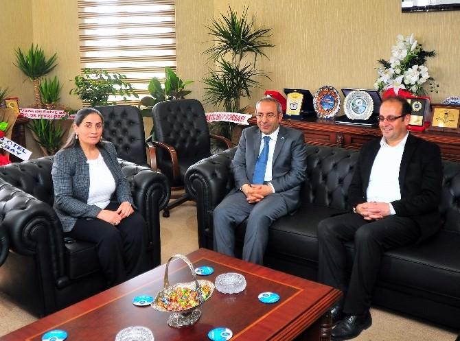 Eş Başkanlardan Rektör Battal'a Ziyaret
