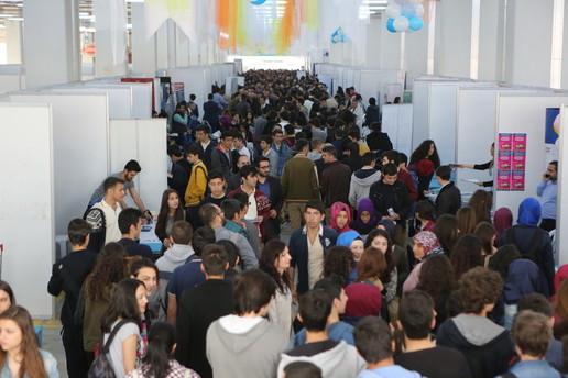 Binlerce üniversite adayı BÜTEF'de buluştu