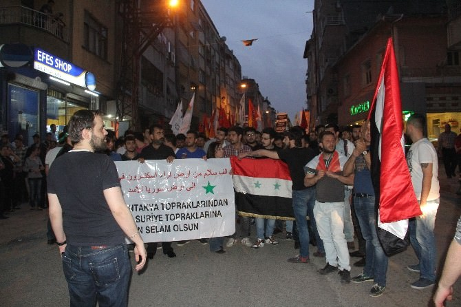 Suriye Eylemine Polisten Müdahale
