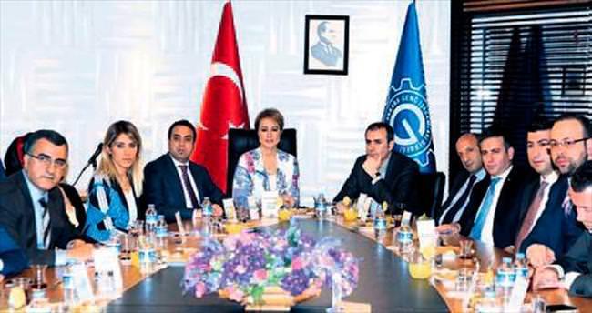 AK Parti adayları ANGİAD'ı ziyaret etti