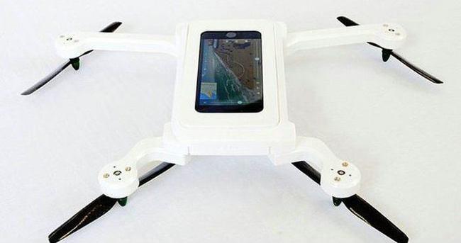 PhoneDrone akıllı telefonunuzu 'uçuruyor'