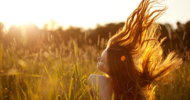 Sağlıklı ve canlı saçlar için 8 altın öneri