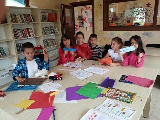 Kartepe Bilgi Evi Öğrencileri Kutlu Doğum Haftası'nı Kutladı