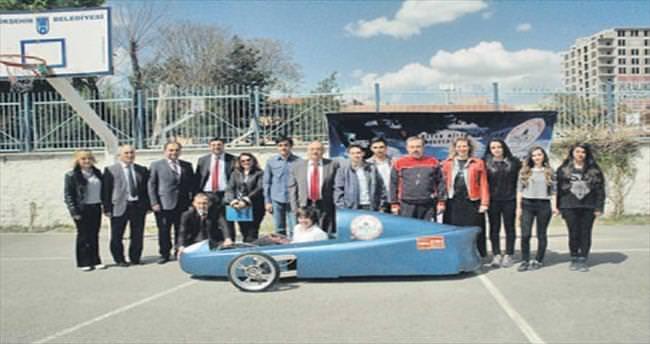 Genç mucitlerden elektrikli araba