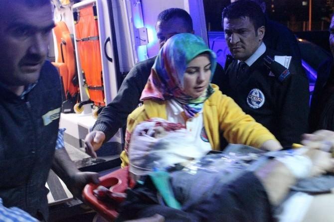 Kırşehir'de Kaza 1'i Ağır 5 Yaralı