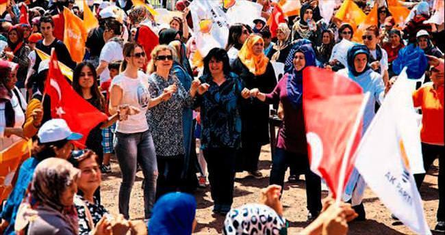 AK Parti'li kadınların Bahar Şenliği