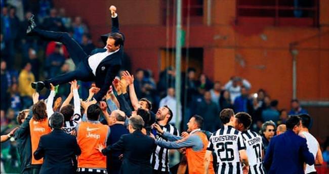 Juve şampiyon