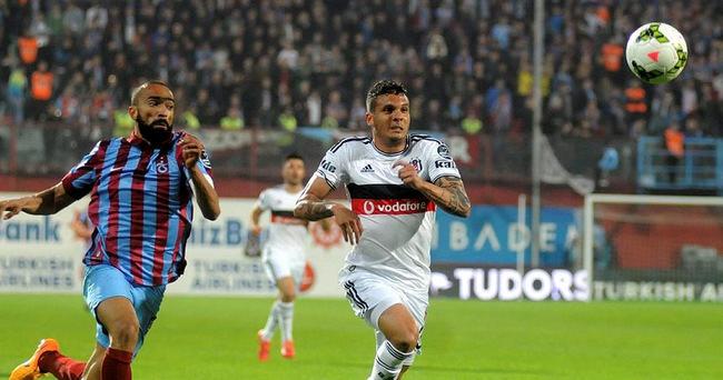 Beşiktaş zirveye yerleşti