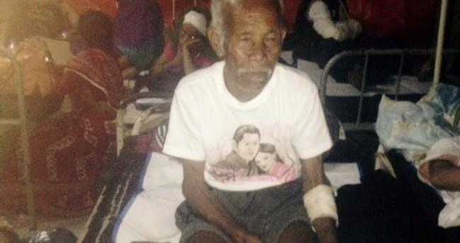101 yaşındaki adam Nepal deprem enkazından sağ çıkarıldı