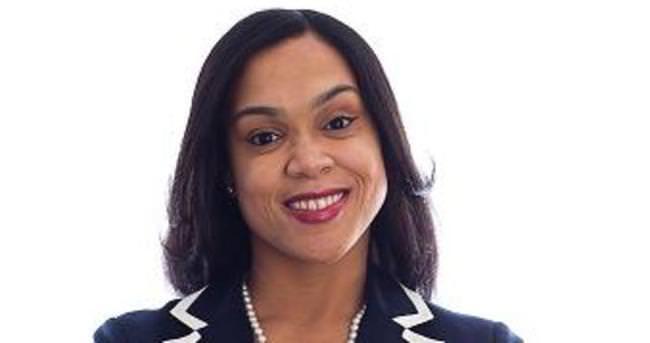 Polis kızı siyah savcı ABD'nin kahramanı