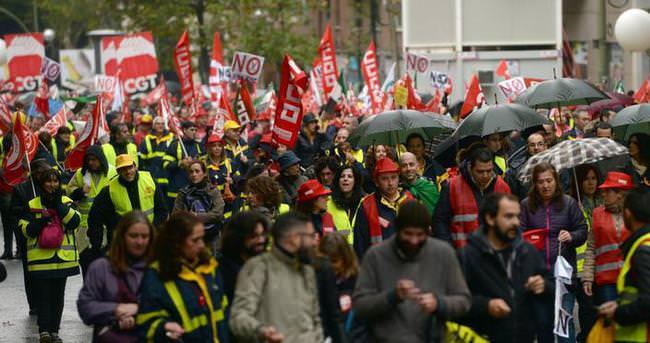 İspanya'da postacılar grevde