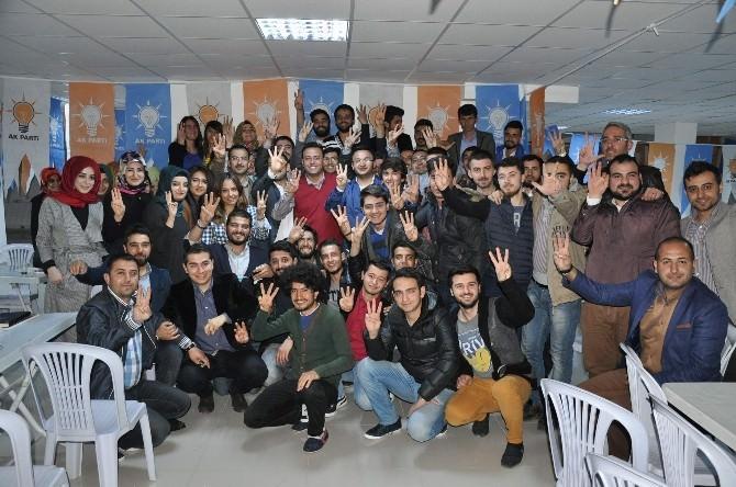 AK Parti Milletvekili Adayları, Üniversiteli Gençlerle Buluştu