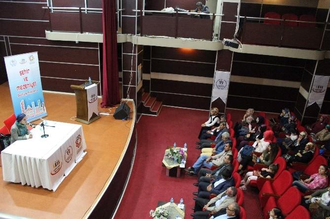Leyla İpekçi 'Şehir Ve Medeniyet Buluşmaları'nın Konuğu Oldu