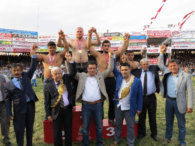 AK Parti'li Atay Uslu'dan 'Yağlı Güreş Ligi' Teklifi