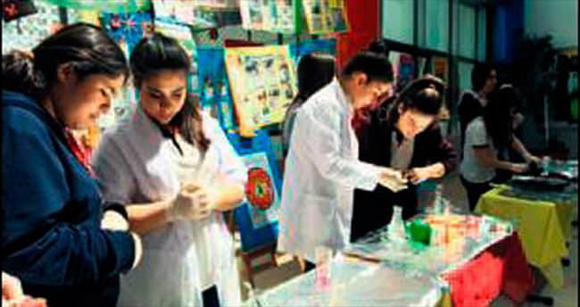 Gürçağ'da proje ve deneyler yarıştı